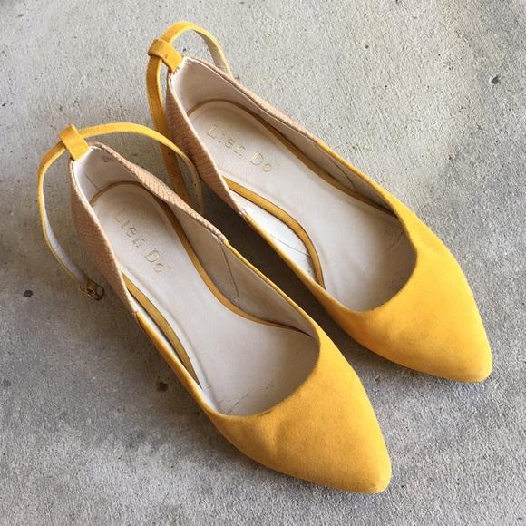 Anthropologie Mustard Yellow Suede Kitten Heel sz8